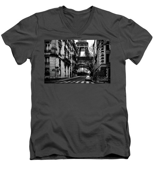 Eiffel Tower - Classic View Men's V-Neck T-Shirt