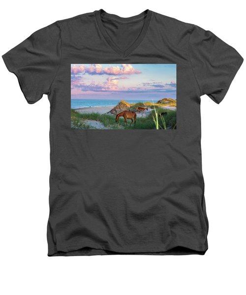 Epic Carova Men's V-Neck T-Shirt