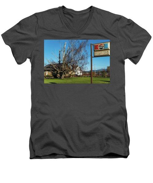Evergreen Golf Course Men's V-Neck T-Shirt