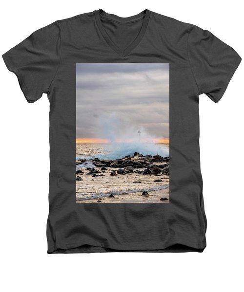 Explosive Sea 5 Men's V-Neck T-Shirt