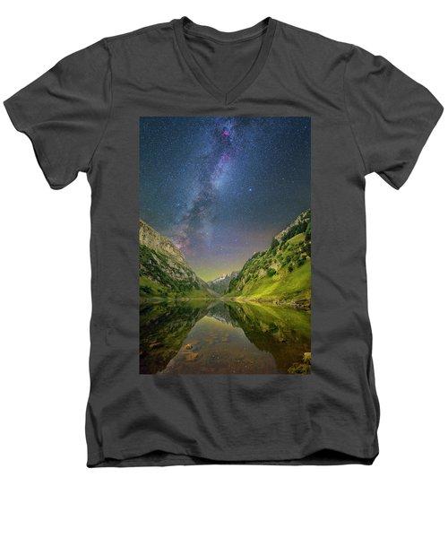 Faelensee Nights Men's V-Neck T-Shirt