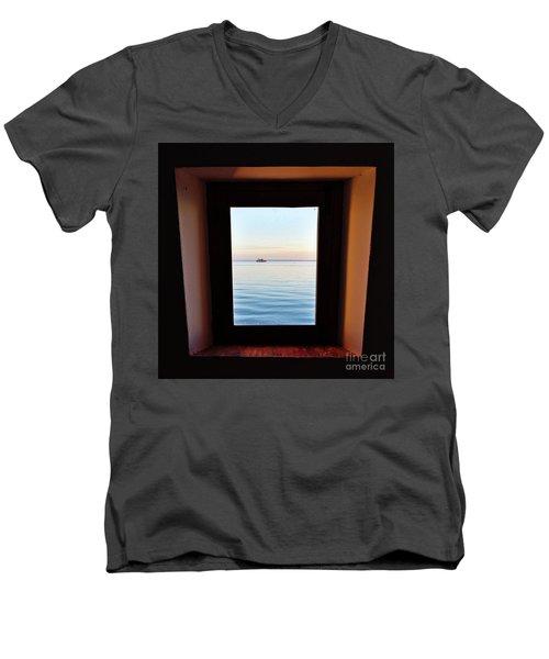 Framing The Frame Men's V-Neck T-Shirt