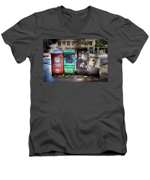 Gastown Street Newsstand Men's V-Neck T-Shirt