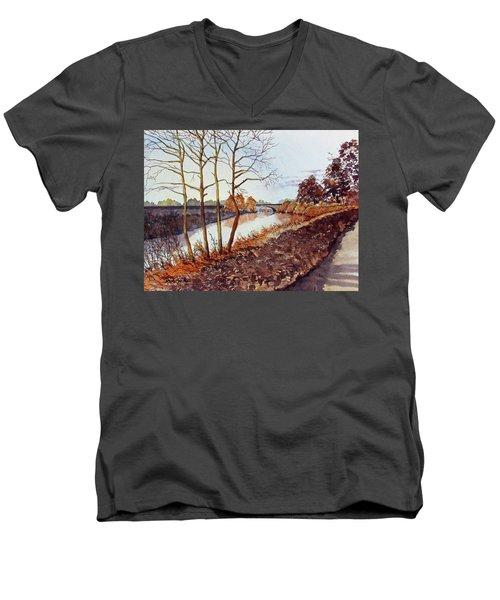 Golden Brown Men's V-Neck T-Shirt