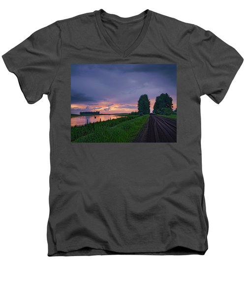 Golden Sunset Near Westlock Men's V-Neck T-Shirt