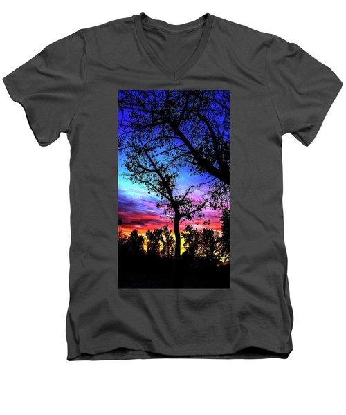 Good Night Leaves In Fall Men's V-Neck T-Shirt
