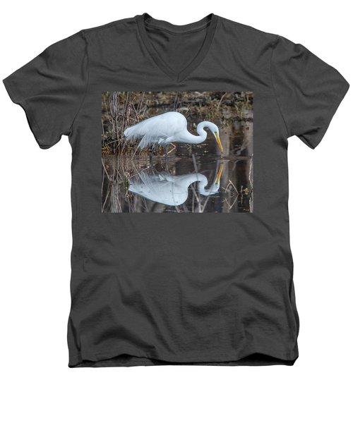 Great Egret In Breeding Plumage Dmsb0154 Men's V-Neck T-Shirt