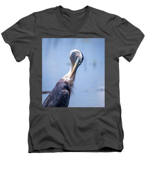 Grooming Men's V-Neck T-Shirt
