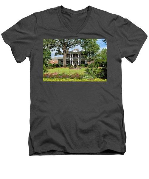 Guignard Mansion Men's V-Neck T-Shirt