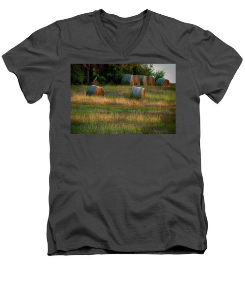 Hay Bales Men's V-Neck T-Shirt