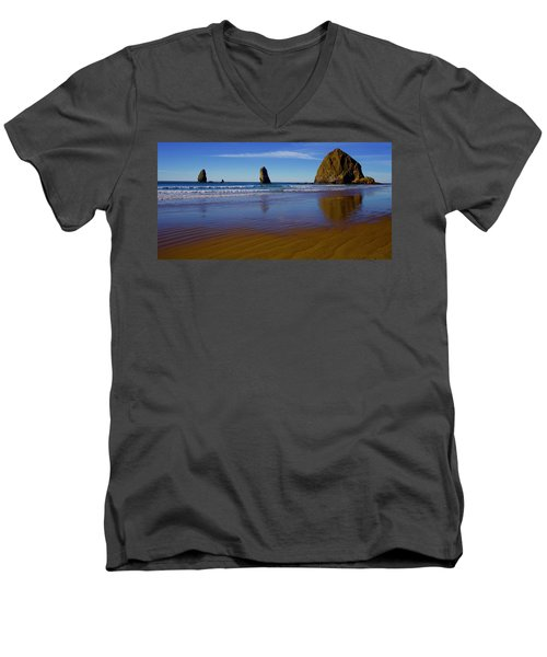 Haystack Rock Panoramic Men's V-Neck T-Shirt
