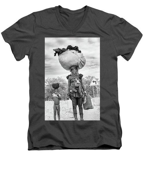 Himba Both Carrying  Men's V-Neck T-Shirt
