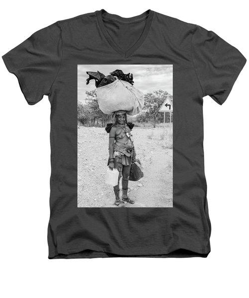 Himba Woman 3 Men's V-Neck T-Shirt