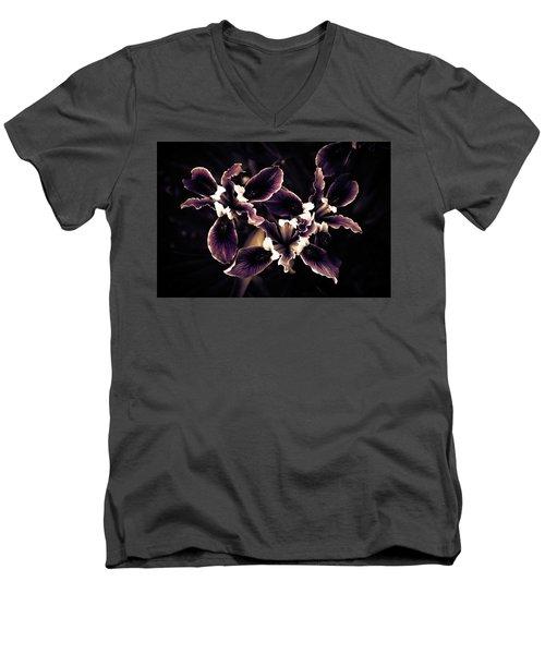 Irresistible Iris Men's V-Neck T-Shirt
