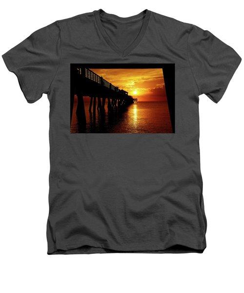 Juno Pier 3 Men's V-Neck T-Shirt