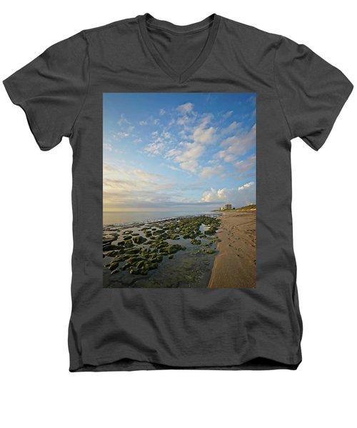Jupiter Island Shoreline Men's V-Neck T-Shirt