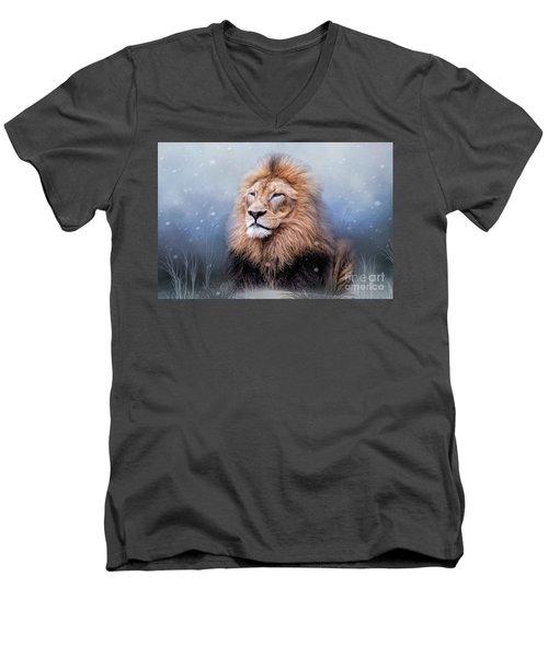 King Winter Men's V-Neck T-Shirt