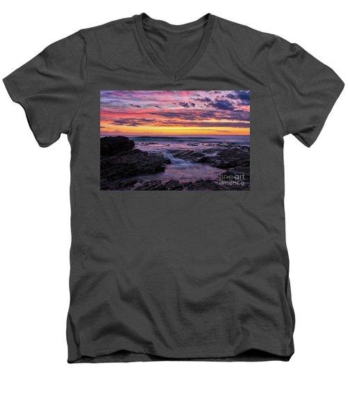 Last Sunset Of 2018 Men's V-Neck T-Shirt
