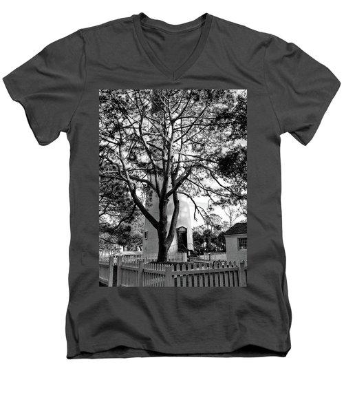 Lighthouse Labor Men's V-Neck T-Shirt
