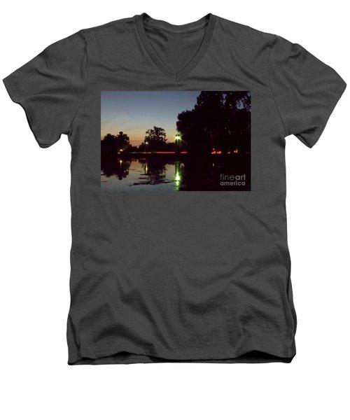 Lighthouse Light Men's V-Neck T-Shirt