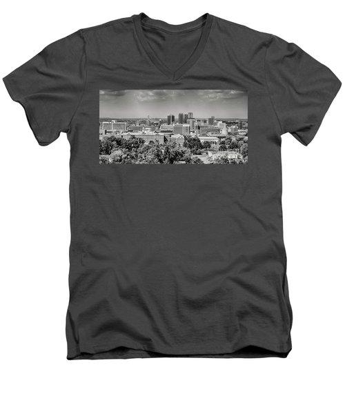 Magic City Skyline Bw Men's V-Neck T-Shirt