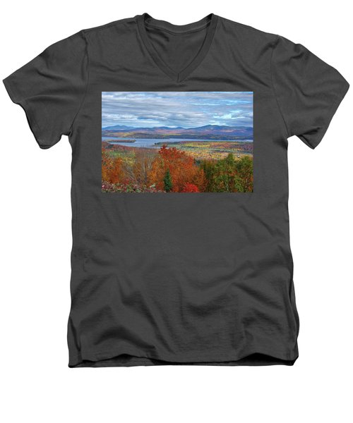 Maine Fall Colors Men's V-Neck T-Shirt