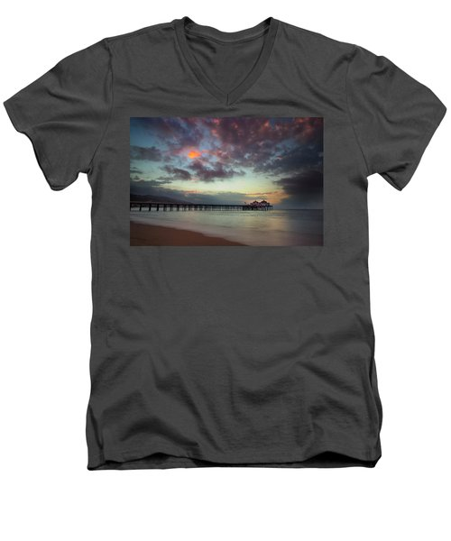 Malibu Pier IIi Men's V-Neck T-Shirt