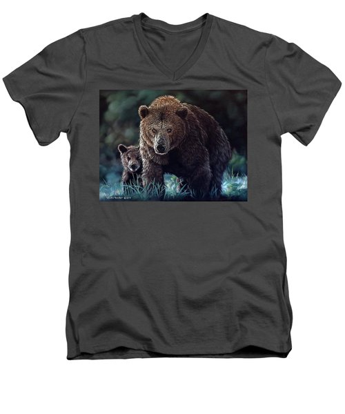Mama Brown With Cubs Men's V-Neck T-Shirt