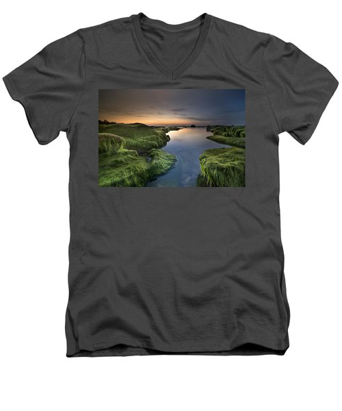 Marine Sunset Men's V-Neck T-Shirt