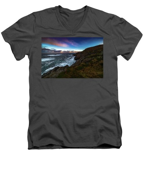 massive storm near Nyksund Men's V-Neck T-Shirt