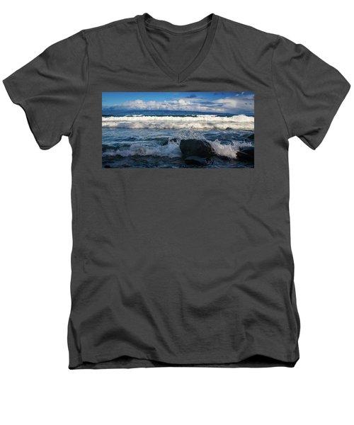 Maui Breakers Pano Men's V-Neck T-Shirt