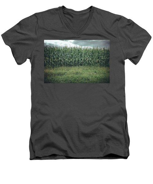 Maze Field Men's V-Neck T-Shirt