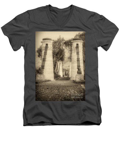 Medieval Bridge Men's V-Neck T-Shirt