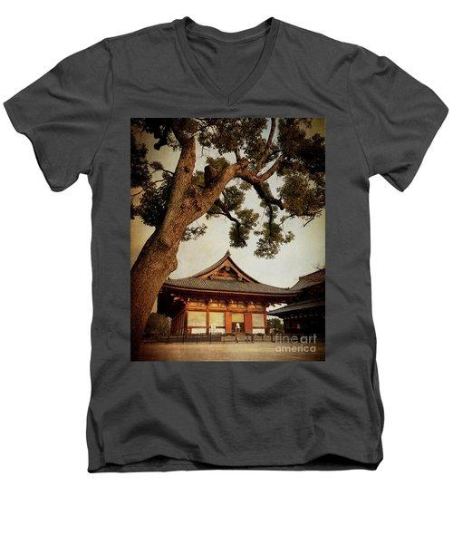 Memories Of Japan 3 Men's V-Neck T-Shirt