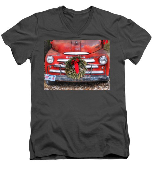 Merry Christmas Texas Men's V-Neck T-Shirt