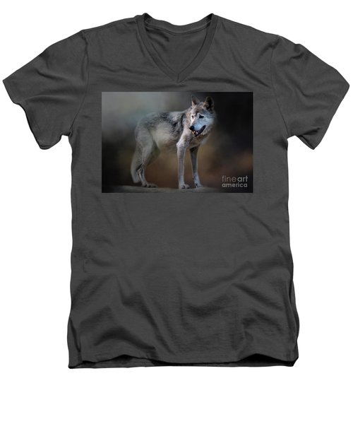 Mexican Wolf Men's V-Neck T-Shirt