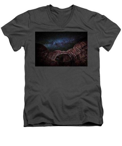 Men's V-Neck T-Shirt featuring the photograph Milky Way At Double Arch by David Morefield