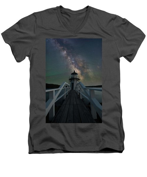 Milky Way Over Doubling Point Men's V-Neck T-Shirt