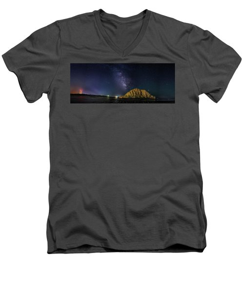 Milky Way Over Morro Rock Men's V-Neck T-Shirt