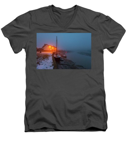 Men's V-Neck T-Shirt featuring the photograph Misty Rowhedge Winter Dusk by Gary Eason