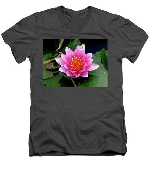 Monet Water Lilly Men's V-Neck T-Shirt