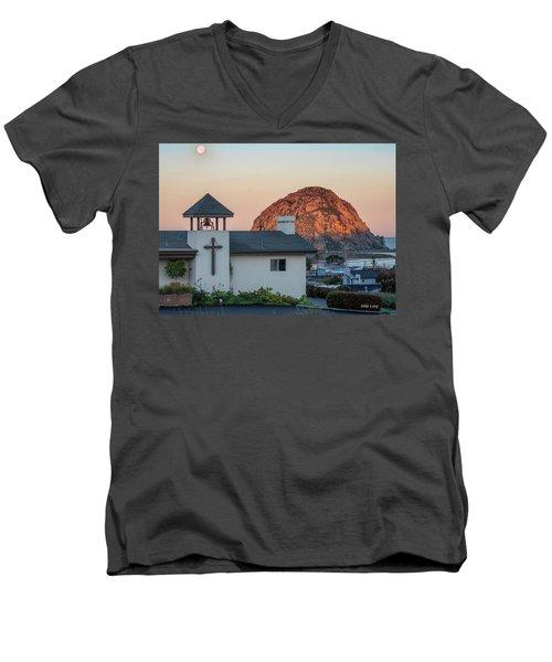Moonset Above Morro Rock Men's V-Neck T-Shirt