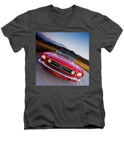 Mustang Convertible Men's V-Neck T-Shirt