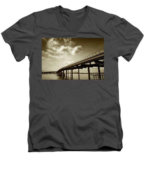 Oil Bridge II Men's V-Neck T-Shirt
