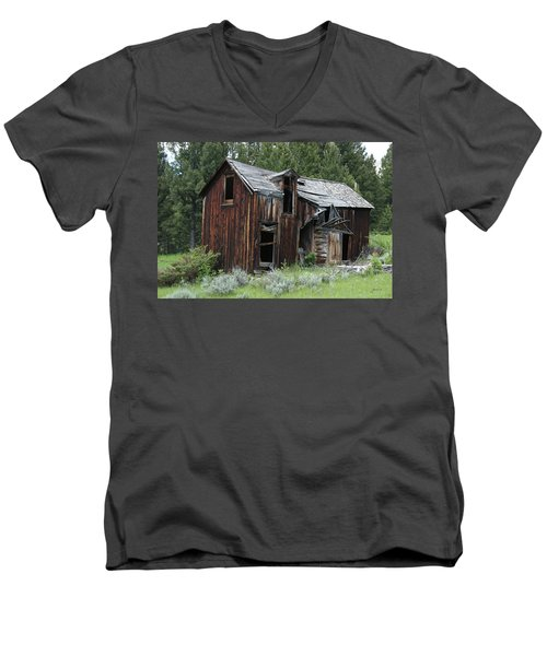 Old Cabin - Elkhorn, Mt Men's V-Neck T-Shirt