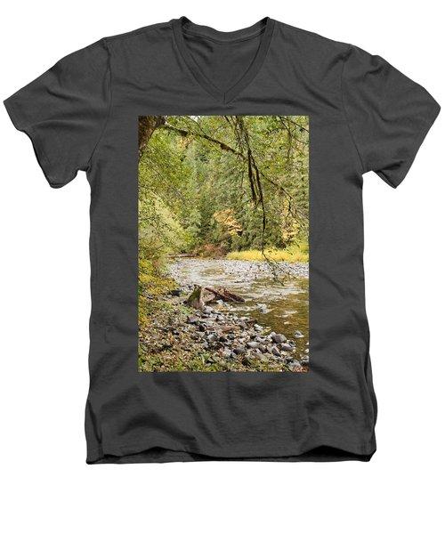Peaceful Molalla River Men's V-Neck T-Shirt