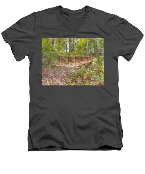 Pine Quarry Park Bridge Men's V-Neck T-Shirt