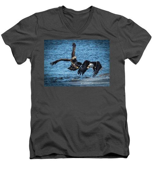Push Off Men's V-Neck T-Shirt