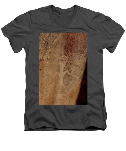 Rock Art Men's V-Neck T-Shirt