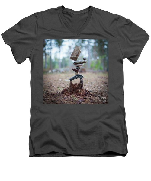 Rootzen Men's V-Neck T-Shirt